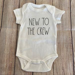 4/$20🍄 RAE DUNN Baby New to the Crew Onesie